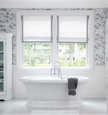 римские шторы в ванную комнату