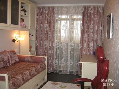 комплект шторы, чехол на детский диван, подушки, валики