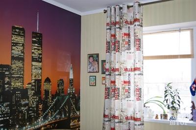 шторы на люверсах с принтом газета